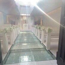 ヴィクトリアガーデン恵比寿迎賓館の画像|光が差し込むチャペル