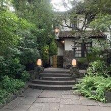 旧石丸邸 ガーデンテラス広尾 (Garden Terrace HIROO residence ISHIMARU)の画像 入口の門