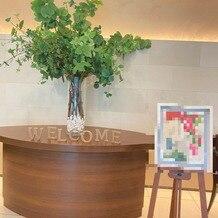 東郷神社・ルアール東郷 ラ・グランド・メゾン HiroyukiSAKAIの画像|エントランスの飾り付け 絵とwelcomeは持込みです