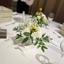 東郷神社・ルアール東郷 ラ・グランド・メゾン HiroyukiSAKAIの画像|テーブル装花