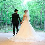 軽井沢高原教会:大正10年から幸せの歴史を育み続けてきた、軽井沢の教会。緑に囲まれたリゾートでカジュアルな食事会も
