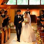 軽井沢高原教会:軽井沢の美しい緑とレストランならではの美食がおもてなし。テラスで外の空気を感じながら祝福の乾杯!