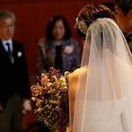 軽井沢高原教会:軽井沢で90年以上の時を刻み、多くの幸せを見届けてきた由緒ある教会。両親へのねぎらいの言葉にも感動