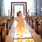 軽井沢プリンスホテル フォレスターナ軽井沢:雄大な自然に囲まれた、思い出の地・軽井沢で叶えるリゾート挙式。美しいガラス張りのチャペルに魅了された