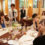 軽井沢クリークガーデン:ゲスト一人ひとりとふれ合う少人数の温かなパーティ。食材にもこだわりを発揮したおもてなしの料理も大好評