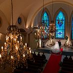 ローズガーデンクライスト教会:心が洗われるような荘厳な大礼拝堂での挙式。牧師のメッセージや友人の協力などすべてが思い出の1ページに