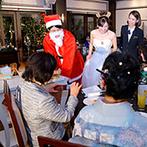 フェリスクレール:サンタ&トナカイのふたりから全員にクリスマスプレゼント。大好きなサッカーにちなんだ演出に大盛りあがり