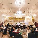 仙台 勝山館/SHOZANKAN:特別感たっぷりのワンフロア貸切のパーティ会場。多彩な魅力に満ちたラグジュアリーな空間に惹かれた
