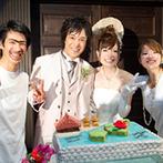 Casa d' Angela ~天使の住処~(カサ・デ・アンジェラ):沖縄をテーマに会場をコーディネート。石垣島をモチーフにしたウエディングケーキはふたりらしいデザインに