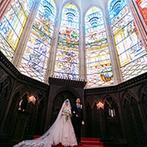 Casa d' Angela(カサ・デ・アンジェラ):圧倒的な輝きを放つステンドグラスが見守る大聖堂。壮麗な空間での挙式や充実のおもてなしも決め手