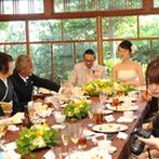 神戸北野 ハンター迎賓館:美食とお喋りを楽しむアットホームなひとときを満喫。ふたりの思い出を共有して、両家の親交も深まった