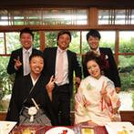 神戸北野 ハンター迎賓館:美味しいおもてなしでゲストのおしゃべりが弾む。ふたりの思い出が詰まったオリジナルケーキも登場