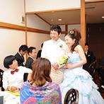 神戸北野 ハンター迎賓館:各卓が幻想的に煌めく、魔法の演出で会場からは歓声が!庭園でゲストと心ゆくまで触れ合う至福の時間も