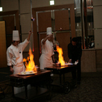 スイスホテル南海大阪:ゲストの笑顔と歓声があふれる賑やかなパーティ。ムービングライトの煌きが、より華やかさを加えた!