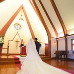 京都ノーザンチャーチ北山教会:木の香りが漂う教会はふたりのイメージにぴったり。対応してくれたスタッフのホスピタリティも魅力!
