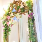京都ノーザンチャーチ北山教会:ブライズルームを可愛らしくコーディネート。友人からの思いがけないサプライズに、温かな気持ちが溢れた