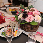 Yoshikawa Village (よし川):1階の茶室と2階の会場を使った結婚式は、手作りアイテムも飾って和のテイストの中にオシャレな雰囲気も