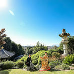 TERAKOYA:四季折々の自然に囲まれた小高い丘の上のフレンチレストラン。別世界に訪れたような特別感に惹かれた