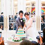 アイルマリー横浜(I'LLMARRY YOKOHAMA):白亜の空間を虹色に染めたパーティ。特別オーダーのウエディングケーキも「かわいい!」とゲストから歓声が