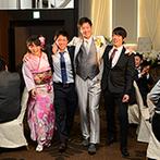 ホテル東日本宇都宮:大勢のゲストが訪れた、ふたりのパーティ。親族も友人も楽しめるように、演出や料理にも工夫を凝らした