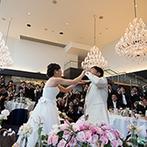 UTSUNOMIYA MONOLITH(宇都宮モノリス):オープンキッチンの登場やフランベの演出にワクワク。ケーキカット&ファーストバイトはゲストの注目の的!