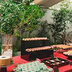 UTSUNOMIYA MONOLITH(宇都宮モノリス):緑豊かなガーデンから和装で再入場。和菓子風のデザートビュッフェや生い立ち映像でもオリジナリティを発揮