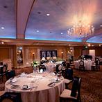 リーガロイヤルホテル東京:晩餐会を思わせる上質な空間をフレッシュな印象に。何度も試食して家族と選んだ料理はゲストに大好評!