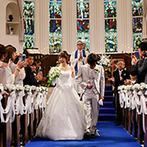 アニヴェルセル ヒルズ横浜:ステンドグラスが放つ神聖な輝き、アンティークのパイプオルガンが奏でる音色に彩られた涙の大聖堂挙式