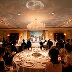 ウェスティンホテル東京:厳選した演出は、気軽に参加できる色当てクイズ!ゲストとのふれあいも、各卓フォトで心ゆくまで満喫した