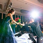 ウェスティンホテル東京:ゲストが参加するダーズンローズセレモニーで感動的に。新婦自ら太鼓を演奏したお囃子は迫力たっぷり!