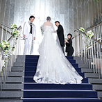 グランドニッコー東京 台場:家族がお気に入りのホテルで、花嫁姿を披露したい。高層階からの夜景に惹かれ、ナイトウエディングに決定!