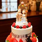 アットホームウェディング HANZOYA:アンティークな空間でオリジナリティあふれる結婚式を。ウエディングケーキや料理にも期待が高まった