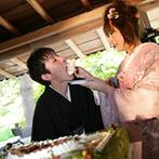 SHOZAN RESORT KYOTO(しょうざんリゾート京都):日本の建築美を感じる空間でのパーティ。装花や衣裳、ウエディングケーキ、料理も和にこだわってアレンジ