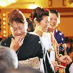 ホテルグランド東雲:本番ではゲストの顔を見ながら、一瞬一瞬を楽しんで。式後も気軽に足を運べるホテルでの結婚式はおすすめ