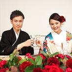 ホテルモントレ仙台:豪華なシャンデリアが煌めく優雅なバンケットでおもてなし。仙台らしいメニューは遠方ゲストにも大好評!