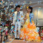 izumoden 掛川:新郎から新婦への歌のプレゼントで、会場中が温かなムード。デザートビュッフェでゲストとのふれ合いも