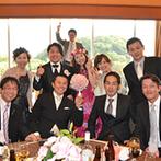 ダイワロイネットホテル和歌山:ゲストと写真撮影やおしゃべりを楽しんだパーティ。プランナーへのサプライズは司会者の協力もあり大成功