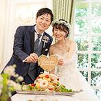 神戸北野ル・ヴァンヴェール:可憐な花々が満開の会場。ファーストバイトでふたり仲良くひとつのドーナツを頬張る姿が注目の的に