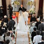 ホテルニュープラザ KURUME:ホテル外の教会で行う挙式もスタッフが快くサポート。ふたりの想いを大事にした対応で気持ちよく臨めた
