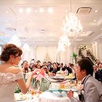 京都 アートグレイス ウエディングヒルズ:お付き合いから10年目の結婚式。ファーストバイトやゲストからのメッセージ、ムービーにも熱い想いが満載
