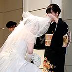 BELLE VIE THE GRAND(ベルヴィ ザ・グラン):真っ白なドレスが美しく映える20mのバージンロード。大切な人々から盛大な祝福を浴びた幸せなセレモニー