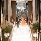 Wedding of Legend GLASTONIA(グラストニア):光の階段からの再入場でゲストの目をくぎづけに。サプライズのデザートビュッフェで感謝のおもてなし
