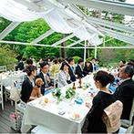 星野リゾート リゾナーレ八ヶ岳:美しい自然を眺めながらゆっくりと寛ぐパーティ。出来たてで振る舞われた絶品料理がゲストの話題の一つに