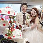 ラ・スリーズガーデン ベル・ルクス:装花やケーキ装飾にまでこだわり抜いたコーディネートに大満足。待ち時間にもゲストを楽しませるアイデアが