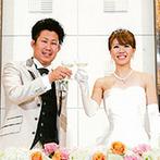 秋田ビューホテル:今まで1万組以上のカップルの理想を叶えてきた信頼の置けるホテル。新しくなった誓いのステージに一目ぼれ