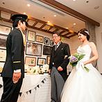 Le Timbre(ル・タンブル) BEST WESTERN Hotel Nagoya内:家族へのサプライズ入場からパーティの後半が始まり終始温かな雰囲気。似顔絵の演出にゲストから喜びの声が