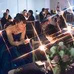 CIER ET MER & I STYLE(シェル エ メール&アイ スタイル):幻想的な灯がともるキャンドルリレー、新郎のオリジナルソング…。感謝の気持ちと幸せが広がるパーティに