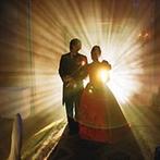 ANAクラウンプラザホテルグランコート名古屋:シーンに合わせたライティング演出。音響照明を効果的に駆使した豪華な演出に、ゲストからは驚きの声が