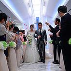 ホテルグランヴィア岡山:遠方ゲストが足を運びやすい、岡山駅直結のアクセスが決め手。幻想的な照明が彩るチャペルにも惹かれた