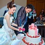 ホテルグランドティアラ 安城:優雅で開放感のあるパーティ会場を清楚にコーディネート。オリジナルの生ケーキはゲストにも好評!